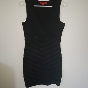 3/25$ Wow Couture deep V neck thick and stechy